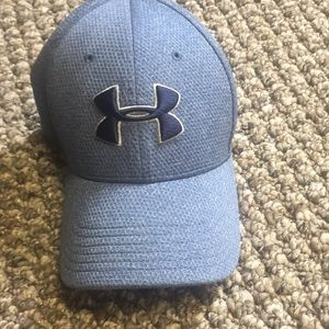 Under armour hat. Lg/xl Perfect condition!